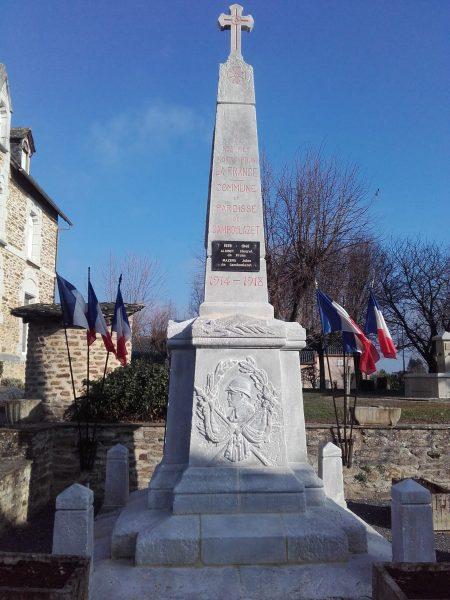 PHOTO MONUMENT AUX MORTS